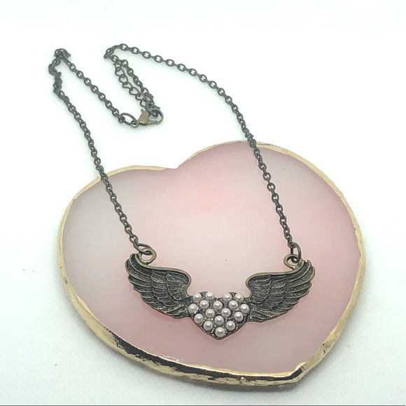 Angel Wing Pearl Necklace